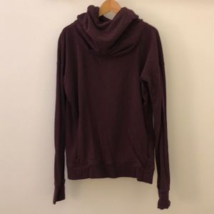 Lululemon cozy plum hooded sweatshirt sz 10 64296